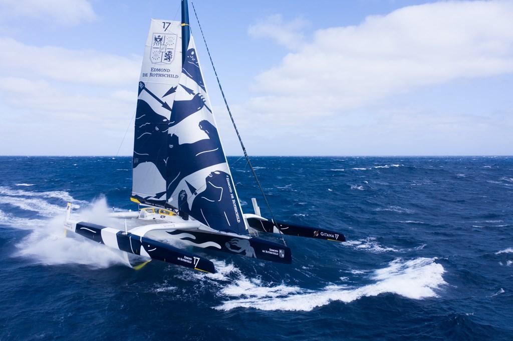 The Maxi Edmond De Rothschild Sets Sail On The Jules Verne Trophy Nautic Magazine